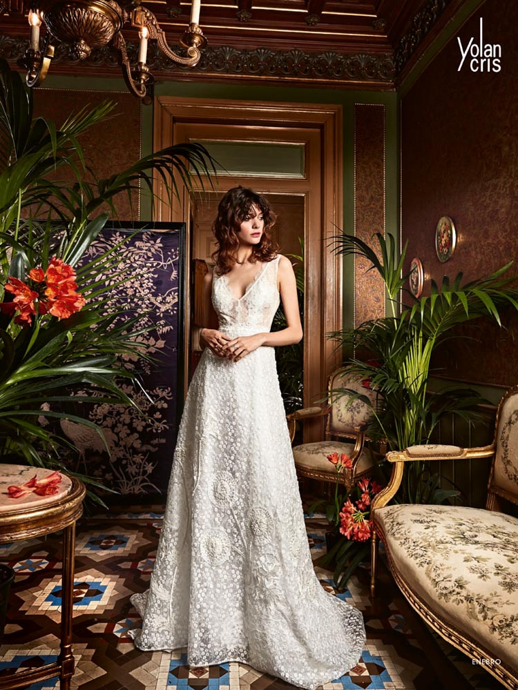 Enebro - Boho Chic - Yolan Cris, Haute Couture Wedding Dresses from Novia Brides