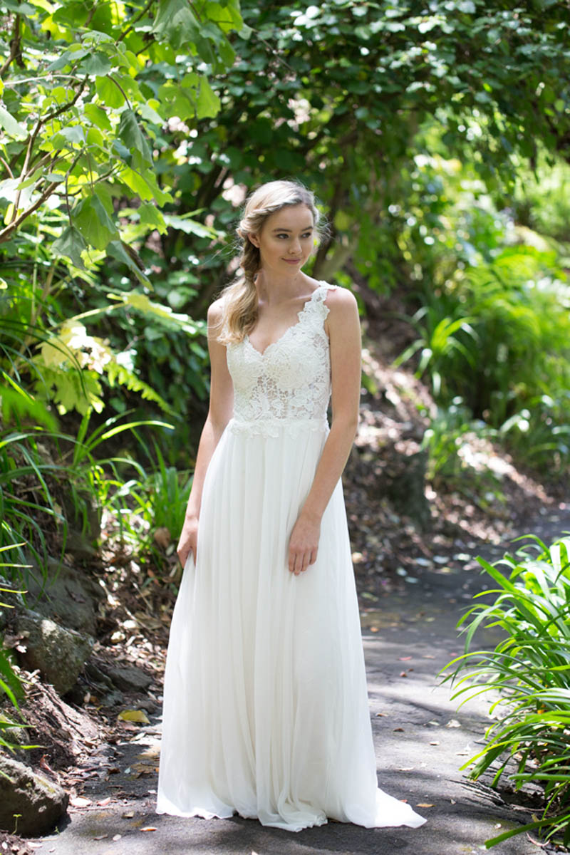 Snow Lotus Wedding Dress - Daisy by Katie Yeung