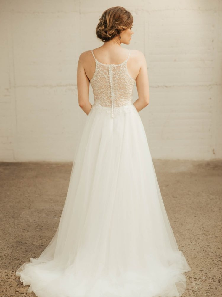 Aster Wedding Dress - Lainee Hermsen Bridal NZ. Lace wedding gown