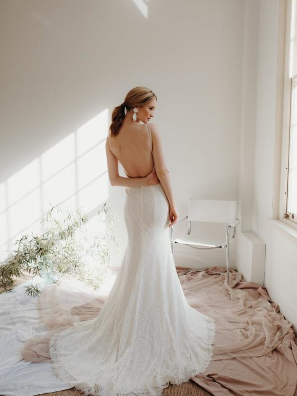 Sand Lily wedding dress by Daisy Brides - Novia Brides, Wanaka